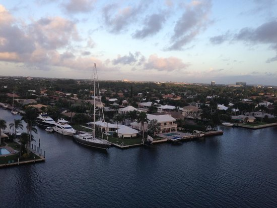 Residence Inn Fort Lauderdale Intracoastal/Il Lugano: Waterway view