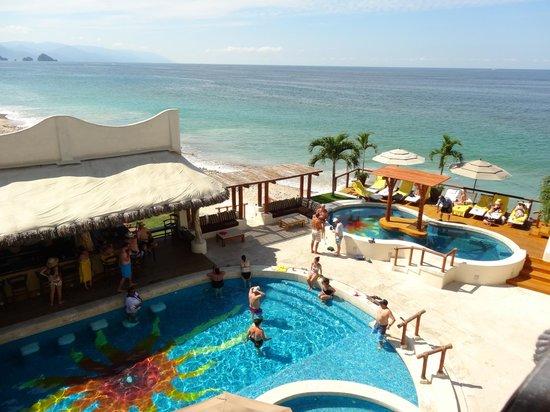 Hotel Playa Fiesta: View of Pools/Ocean