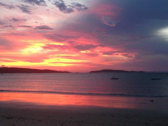 Svendsens Beach: Sunset