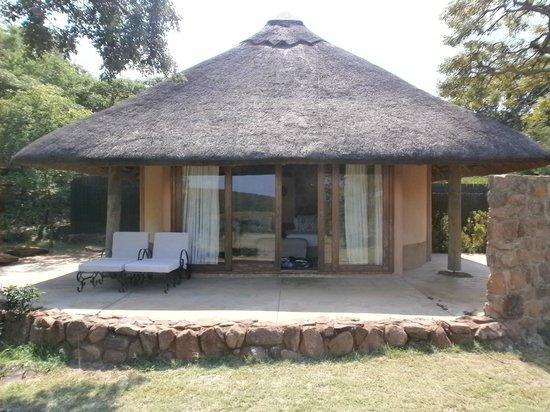 Ekuthuleni Lodge: One of the lodges