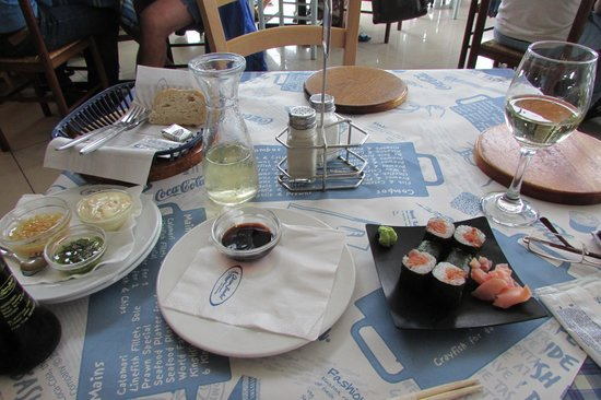 Ocean Basket : Sushi and the rest