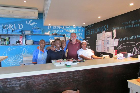 Ocean Basket: Frtiendly staff