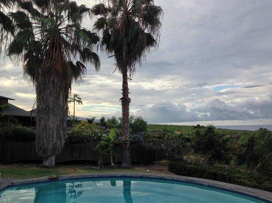 Luana Inn: View From Poolside