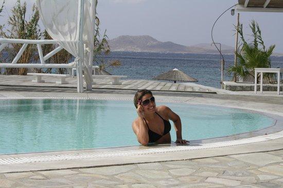 Hippie Chic Hotel: Esposa na Piscina do Hotel