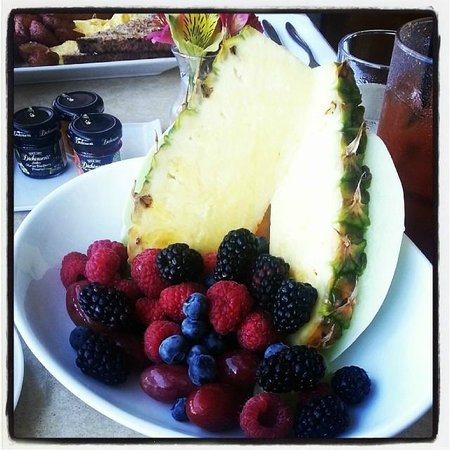 """Hot Tin Roof: The Fruit """"Cup"""""""