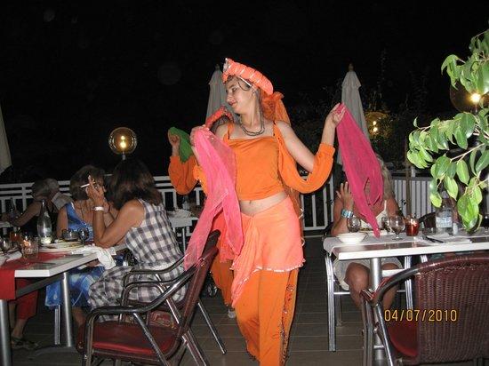Tui Magic Life Africana : Национальные танцы на ужине