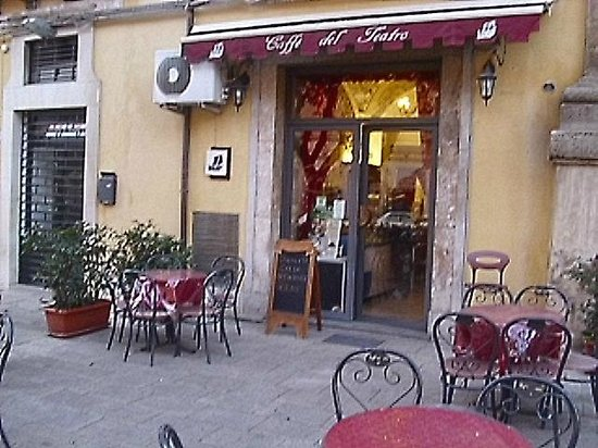 Caffe' del Teatro: Front view