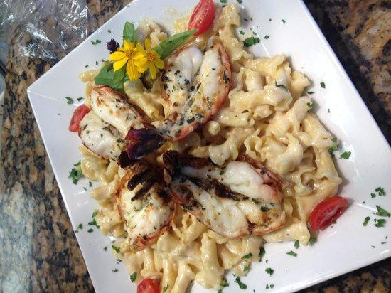 Bella Bistro: Garlic shrimp