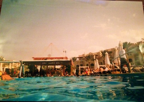 Rixos Sharm El Sheikh : Swim up pool bar