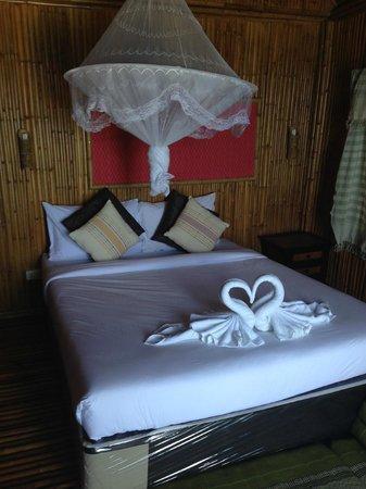 Rantee Cliff Beach Resort: la stanza....
