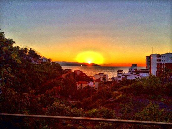 Casa Cupula: Sunset view.
