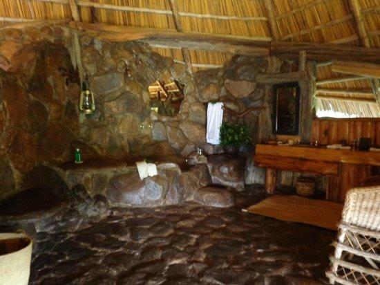 Mukutan Retreat : Bathroom
