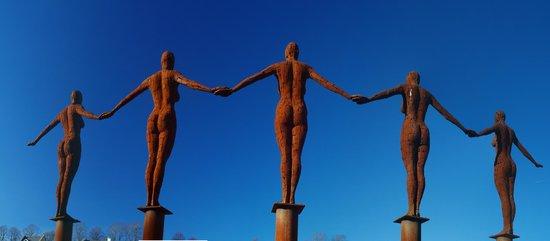 Portishead Marina: Comunication