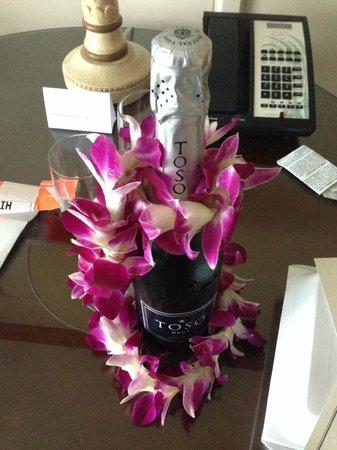 Grand Hyatt Kauai Resort & Spa : Complimentary champagne