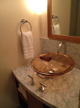 JW Marriott Essex House New York: Sink