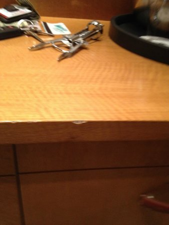 JW Marriott Essex House New York: All woodwork nicked and scuffed up