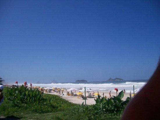 Barra Beach: Vista da praia - posto 6