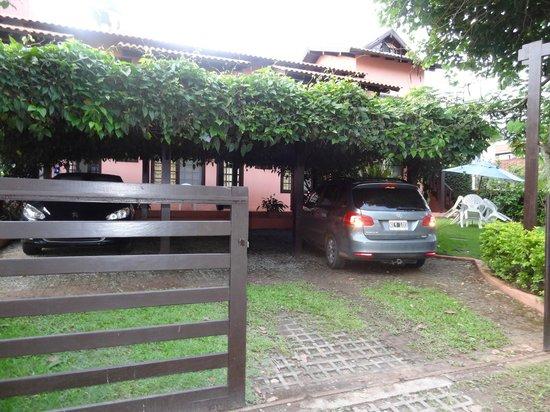 Cabanas Bahia Do Sonho: Estacionamiento