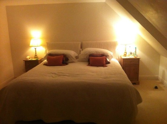 Summer Isles Hotel: Boathouse Suite bedroom