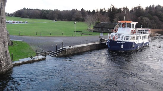 Ashford Castle: Boat ride anyone?
