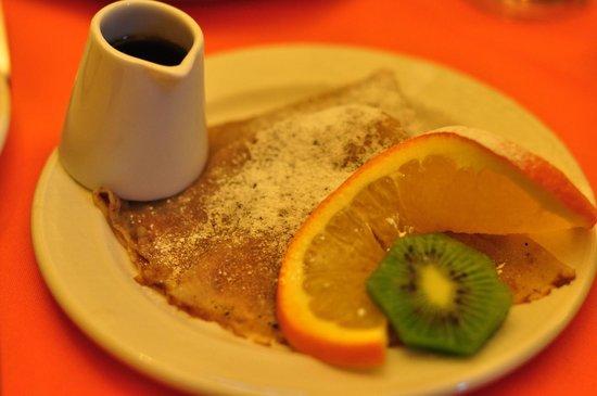 Garnish House: 朝食パンケーキ