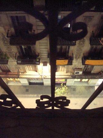 NH Barcelona Centro : vista dalla camera