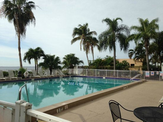 BEST WESTERN Fort Myers Waterfront: Pool