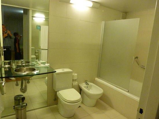 Design Suites Buenos Aires: Bathroom