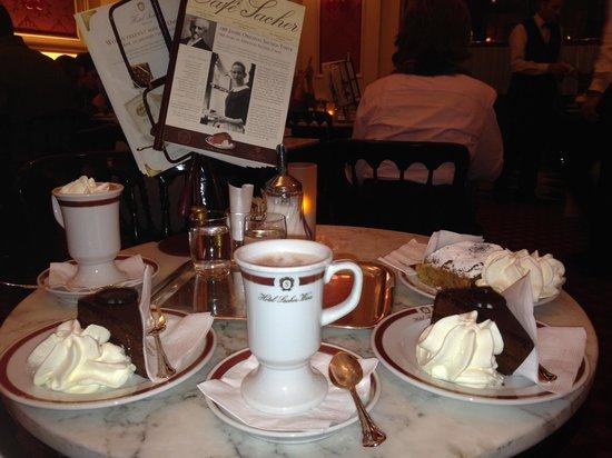 Cafe Sacher : l'interno di una saletta