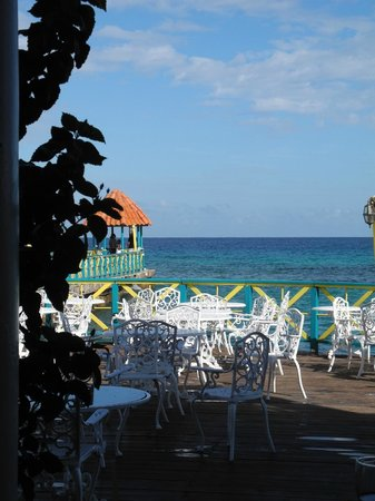 Franklyn D Resort & Spa: View at Breakfast!