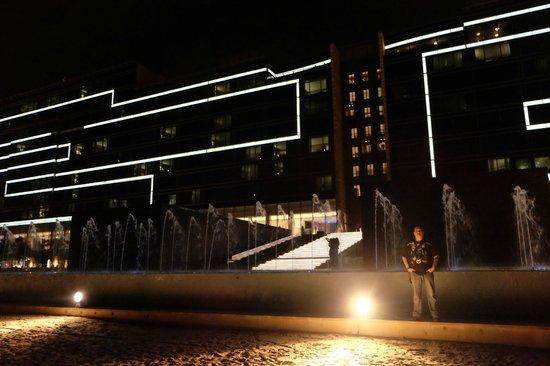 Fairmont Bab Al Bahr: Night view