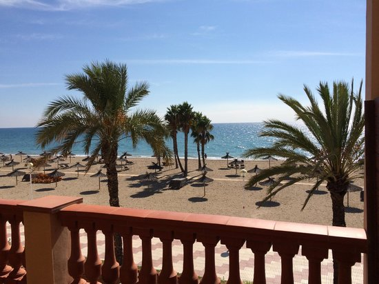 Le Meridien Ra Beach Hotel & Spa: The view of the beach
