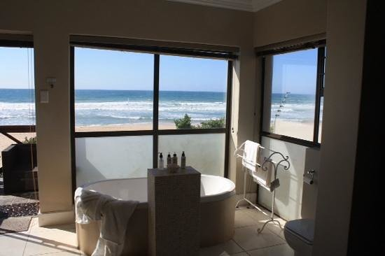 On the Beach Guesthouse, B&B, Suites: On the beach Jeffreys Bay