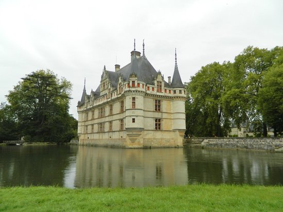 river indre picture of chateau of azay le rideau azay. Black Bedroom Furniture Sets. Home Design Ideas