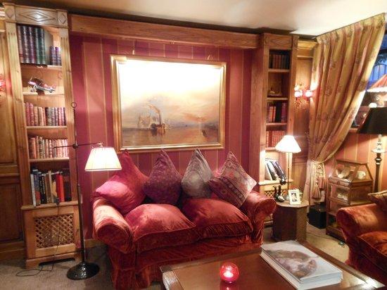 Hotel Britannique : Il salottino