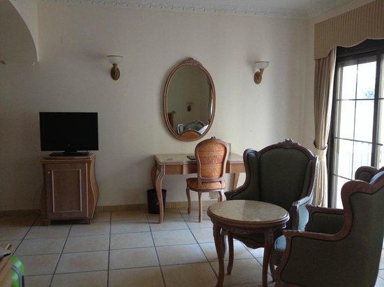 Gran Hotel Benahavis: Habitación