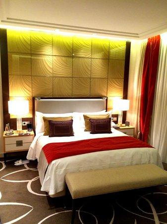 Waldorf Astoria Berlin: Deluxe King Room