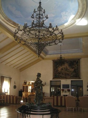 Gran Hotel Benahavis: Hall de entrada