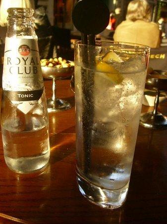 Charles Grech: Gin & tonic