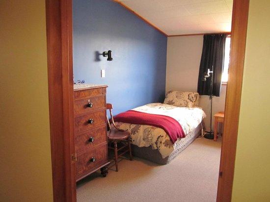 Cityview B&B Homestay: Twin-Single Bedroom