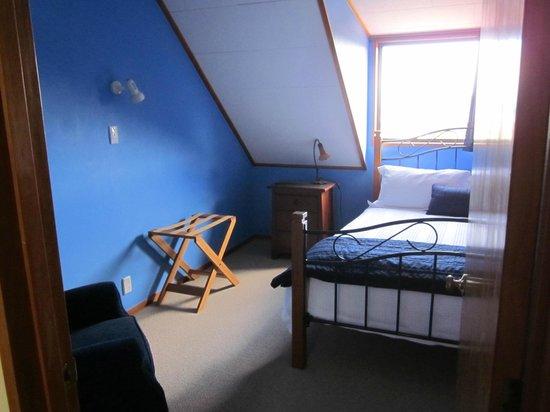 Cityview B&B Homestay: Queen size bedroom