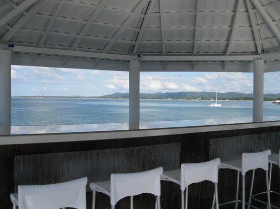 Sky Bar Lounge & Hotel Jamaica