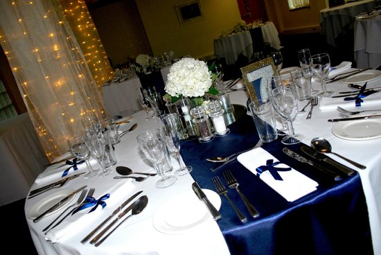 Cheadle House: wedding breakfast room