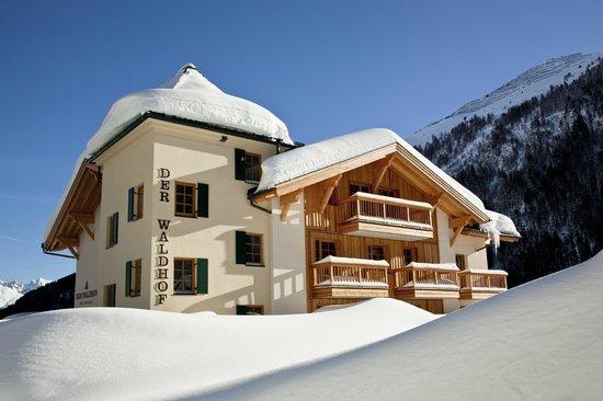 Der Waldhof: Hotelansicht Winter