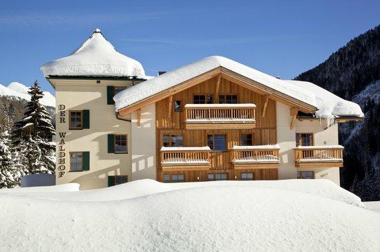 Der Waldhof : Hotelansicht Winter