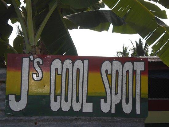 J's Cool Spot Backpacker Hostel : Welcome sign