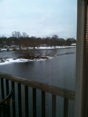 The Herrington Inn & Spa: View of Fox River from balcony