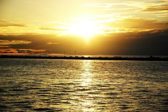 Mexico y Nubes: Splendido tramonto Messicano dalla spiaggia di Playa del Carmen
