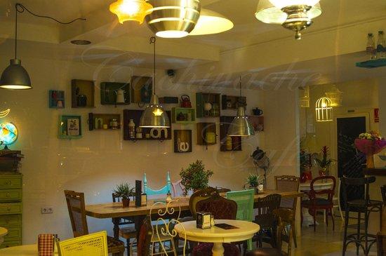 Cachivache Cafe