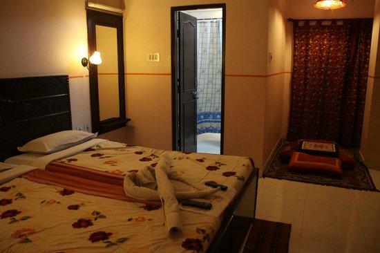 Sunder Palace Guest House: Habitación